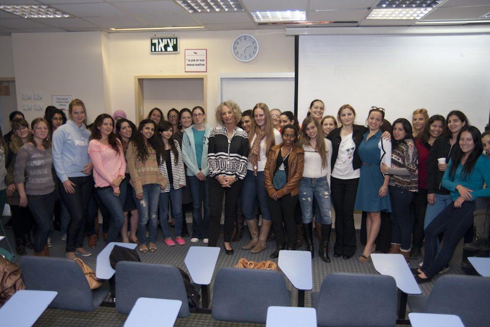 """תכנית מנהיגות נשים- מפגש עם ח""""כ לשעבר רחל אדטו"""
