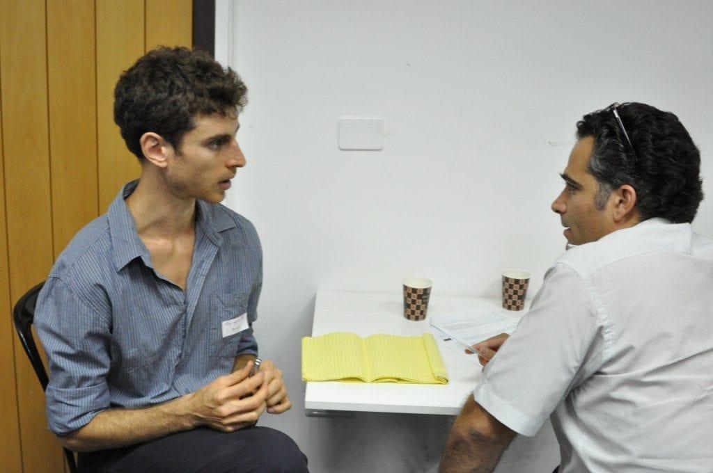 אדם בן-גור – מייסד Corebit במנטורינג אישי למשתתף באירוע
