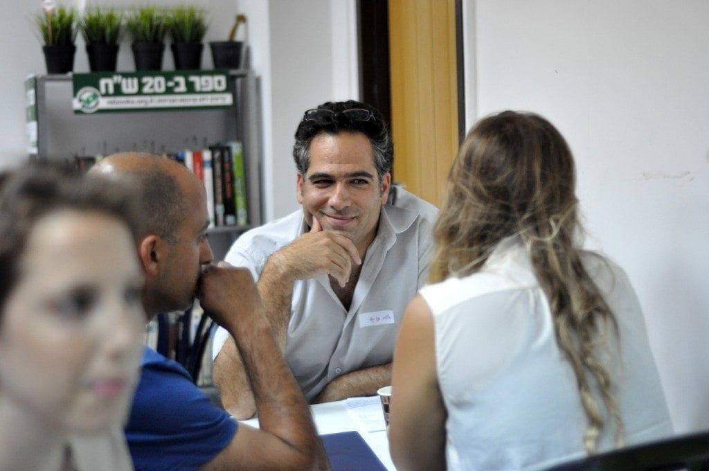 אדם בן-גור – מייסד Corebit במנטורינג אישי למשתתפים באירוע